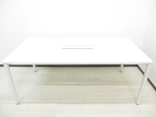 【良好品】 【超定番のホワイト天板!】 広々使える幅1800mm!                         ノティオ                                      中古