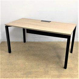 最先端ワークテーブル待望入荷!!新しい働き方初めてみませんか