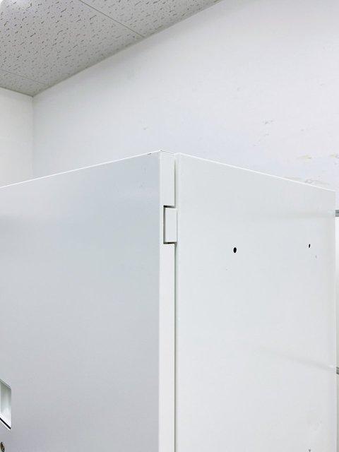 【取り出しやすい高さ180cm!】 開閉がスムーズに行える便利な取っ手付き! ■オカムラ■レクトライン■ホワイト■キャビネットセット                         レクトライン                                      中古