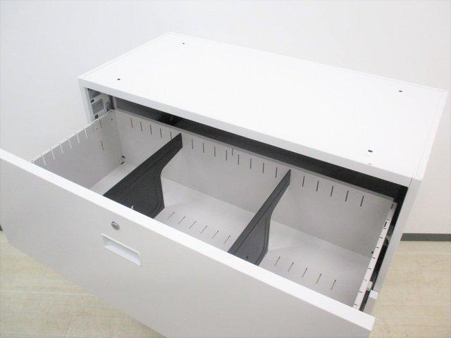 【ファイル整理に便利な引出し型!】■イトーキ製 3段ラテラル書庫 ホワイト                         シンライン                                      中古