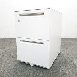 【4台入荷】ウチダ製|スカエナシリーズ|清潔感のあるホワイト3段脇机が入荷致しました! 中古家具 リサイクル