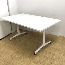 天板/脚ともにホワイト 清潔感ある会議テーブル コクヨ ジュート 奥行き900mmでソーシャルディスタンスにも