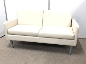 【新品商品!】2人掛け用のソファーが入荷!ちょっとした休憩スペースに!