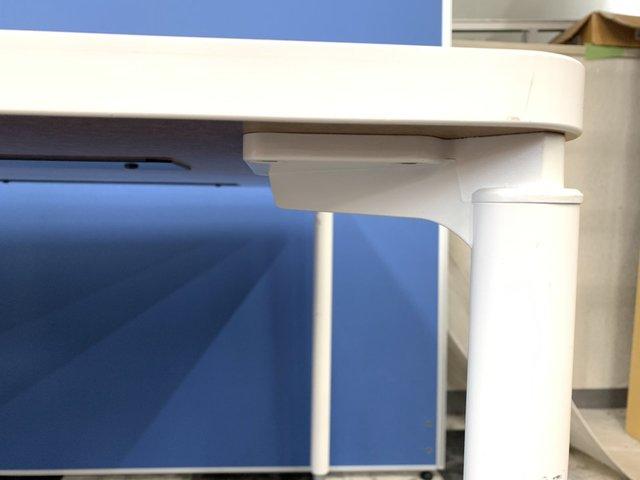 【使いやすいキャスター付き】イトーキ/コムネット/天板ホワイト色■人気の幅1800mmサイズ ★                         コムネットエーディ                                      中古
