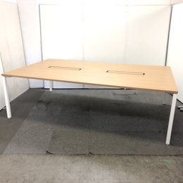 【尼崎店限定価格!!】1枚天板の大型テーブル!!オカムラ/W2400/現代の形はこれです!!【関西在庫数ナンバーワン・尼崎店】
