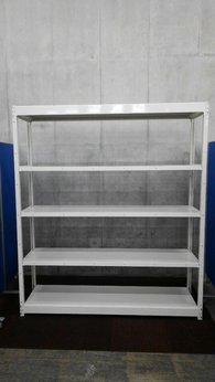 オカムラのW1830の軽量ラックが大量(42台)入荷致しました。 注)呼称W1800/D450 実寸W1830/D470 天地5段 耐荷重:段/100kg ボルトレスなので組立も簡単!  ※マテハン本舗の中古商品は、千葉県柏市に在庫がございます。