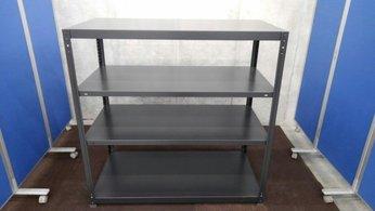 コクヨの珍しいブラック色ラックが2台 入荷致しました。 注)呼称W1200/D600 実寸W1215/D615 天地4段 耐荷重:段/150kg ※マテハン本舗の中古商品は、千葉県柏市に在庫がございます。