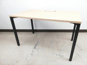 【テレワークおススメ】PC操作楽々ナイス木目ワークテーブル※配線ダクトあり◆オカムラ製