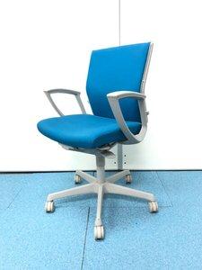【オフィスの定番チェア】オカムラ製エスクード/シンプルで使いやすい/入替におすすめ
