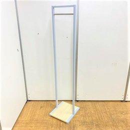 オフィスだけでなくご家庭や飲食店でも使用可能!少人数用で設置スペースに困らない!