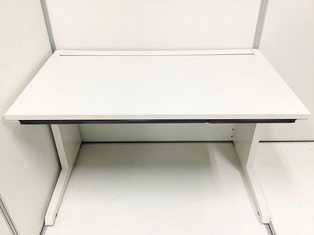 【人気&定番】イトーキ製 CZR 平机【ホワイト】【幅1200mm】                         CZR                                      中古
