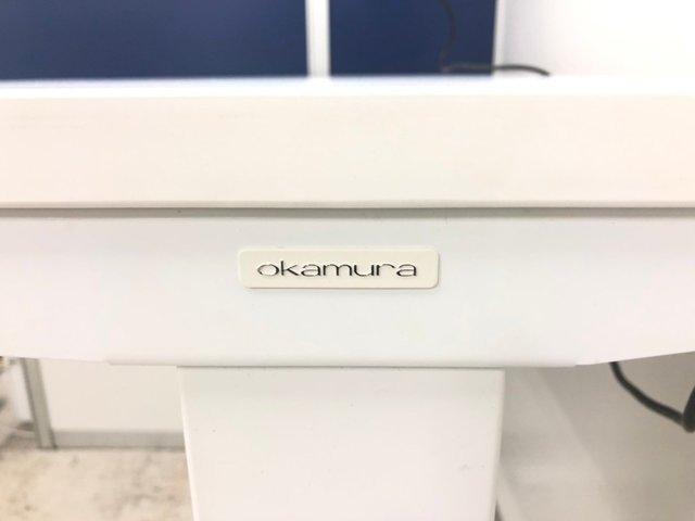 【価格見直しました】【大人気商品】オカムラ製 スイフト 電動式昇降デスク【ホワイト】【高さ調整:650~1250mm】                         スイフト                                      中古