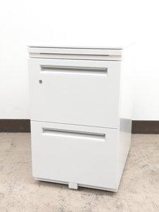 【大量入荷】フリアドデスクのお供に必須!便利ホワイトA4ファイル2段収納OK◆内田洋行製
