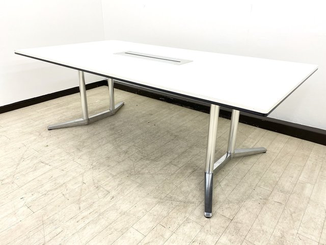 【高級会議用テーブル】6~8名様推奨/オカムラ製/ラティオ2/ホワイト/配線付き