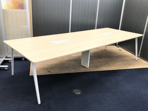 【大型テーブル】【ウチダ】【天板ナチュラル】【3200幅】【残り1点】【レア】