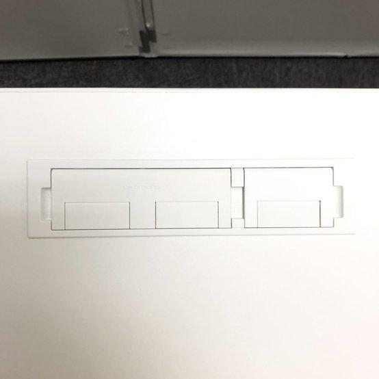 【今流行りの昇降デスク入荷!】オカムラ/スイフト/H650~1250                         スイフト                                      中古