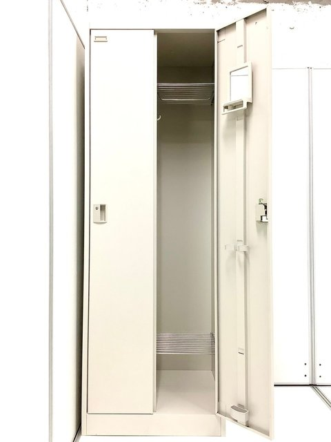 大人気/定番 ◆Okamura/オカムラ ◆FZ ※横浜店撮影画像※                         FZ                                      中古