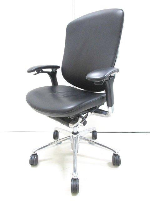 【現代の王様の椅子!】オカムラ製 コンテッサ 肘付きチェア【オールレザー仕様】【新品定価36万超え!】