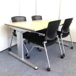 【セット商品】明るいオフィスに合うナチュラル色のオカムラ製テーブルが入荷しました!
