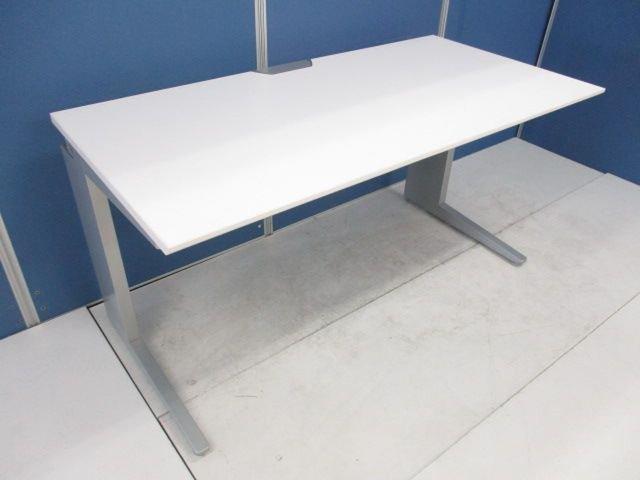【幅広1400mmワイド!】■オカムラ製 平デスク ホワイト ■デザイン性の高いプロユニットシリーズ!                         プロユニット                                      中古