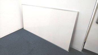【定価約6万円!!ホーロータイプで書き消しがスムーズです!!壁掛け用ホワイトボードの入荷です!!】■イトーキ■壁掛け■ホーロー■ホワイトボード