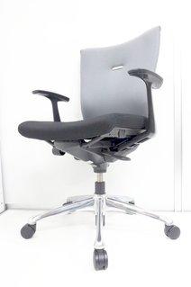 S字カーブがしっかりついていて、腰痛対策に抜群の効果!座り心地も最高で、ご購入後の満足度が高い商品の一つです。