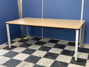 【オフィスに馴染む4本脚テーブル】イトーキ/DEシリーズ/木目天板■4~6名におすすめ幅1800mm