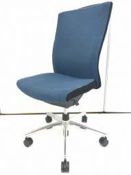 【在庫入替】背もたれと座面の厚みが心地よい|コクヨ|PUNTOチェア