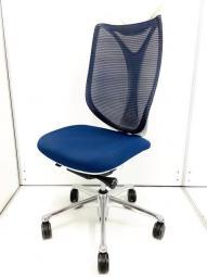 座面が大きく胡坐がかきやすい!肘無なのでゆったりお使い頂きたい方におススメです!