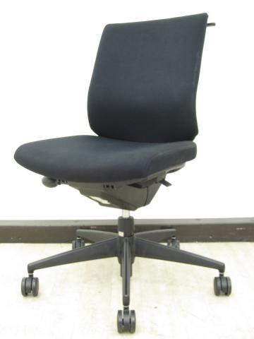 【優しい座り心地が好評!】コクヨ製 ウィザード2 ブラック色 ランバーサポート付き