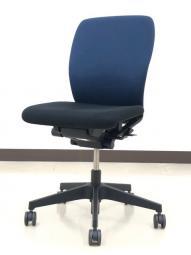 【オフィス定番 肘無チェア】イトーキ/フルゴ(fulgo)/ブラック×ネイビーブルーのコンビカラー!