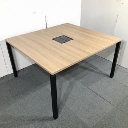 【倉庫在庫品】コクヨ製のオシャレなミーティングテーブルが入荷致しました!起業・追加・拠点開設・入替
