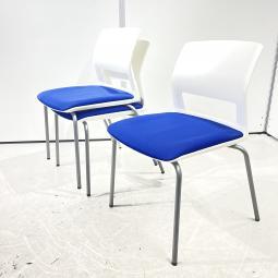 【3脚セット!】コクヨ CK-160シリーズ スタッキングチェア ブルー 収納 オフィス 会議 ミーティング