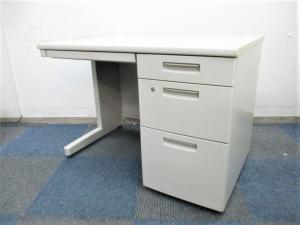 【コンパクトサイズの片袖机で狭いスペースにうってつけ!】 汚れも目立ちにくく長く使えます!