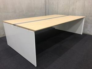 【フリアド】W2400サイズ(ナチュラル天板)|オカムラ(okamura)|フリーウェイ|推奨:4名用~【A】【倉庫在庫品】