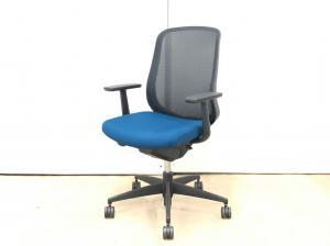 固定肘で、シンプルデザイン。5人前後の規模でオフィス用椅子の入れ替えをお考えのお客様必見!