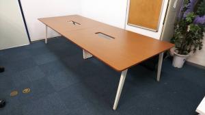 【定価20万以上】横幅3200の大型テーブル ワークテーブルシステムが入荷!ウチダ レムナ フリーアドレスデスク【おつとめ品】【部材欠品あり】
