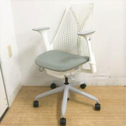 【機能不良・凹みありのため特価】ハーマンミラー(HermanMiller)/セイルチェア(SAYL Chair) 前傾チルト アジャスタブル肘 背:スタジオホワイト 座:フェザーグレー フレーム:ホワイト【デザイナーズ家具】