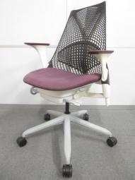 【上質で美しいデザイン!】■HermanMiller(ハーマンミラー) SAYL Chair(セイルチェア) パープル  可動肘付き