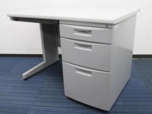 【3台入荷】1000mm幅の定番サイズ!コンパクトなオフィス作りの強い味方!イトーキ|CZ|片袖机|ニューグレー