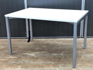 【2台入荷】1200mm幅のコンパクトテーブル入荷!内田洋行|ノティオ|ホワイト|1200mm|ミーティングテーブル