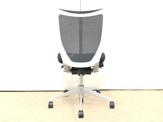 【オフィスワーク快適チェア!】◆オカムラ製 バロンチェア(Baron) ブラック ホワイトボディ【倉庫在庫】                         バロン                                     中古