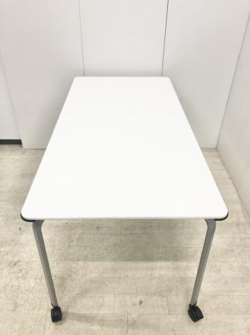 2~4名様に最適なミーティングテーブル!キャスター付きで移動も簡単!ホワイト/コクヨ/ビエナシリーズ                         ビエナ                                     中古