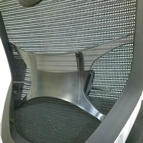 【4脚入荷】洗練されたデザインと多彩なバリエーションであらゆるオフィスに調和。中古 高級チェア ヘッドレスト バロン ハイバック テレワーク ブラック 在宅                         バロンメッシュ                                     中古