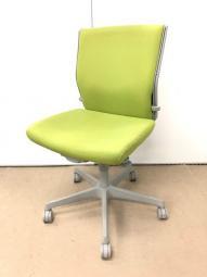 【明るい色のチェア】オフィスの王道チェア/入替セール