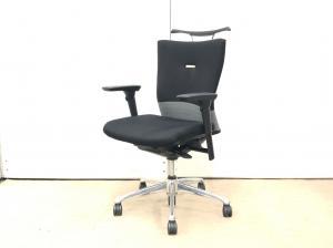 【みんなから愛される】そんな椅子の名前は【フィーーーゴ】座り心地最高です!♦オカムラ製