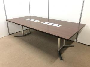 【おしゃれな大型テーブル!】立川店の楠さんは独立したらこのテーブル入れたいと!