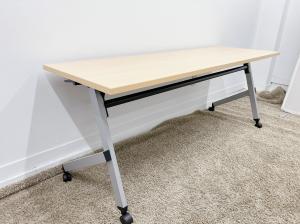 【Aランク品!】研修や会議用などにおすすめのテーブルです!■内田洋行■プラッテ