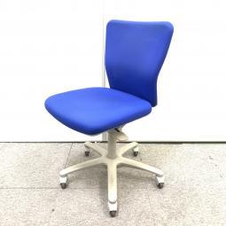 【在庫入替】【ロット商品】オカムラ製カロッツァ|快適な座り心地とシンプルな操作性で長時間のデスクワークをサポート!