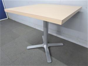 【カフェスタイルにもオススメ!】■ミーティングテーブル W750mm【正方形】
